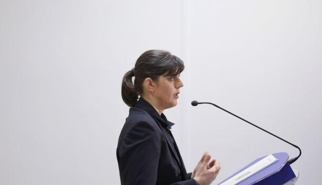 Foto: Laura Codruţa Kovesi: Corupţia poate fi învinsă, nu abandonaţi!