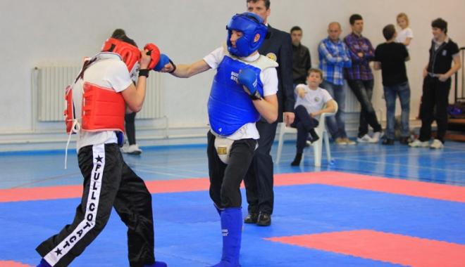 Foto: Leonard Savioli, performerul Campionatului Naţional de Kung-Fu