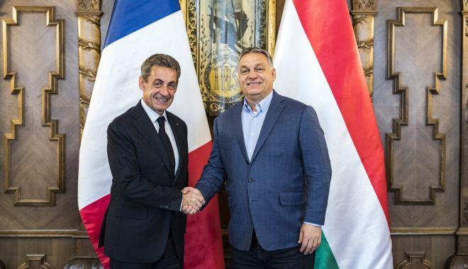 Foto: La Budapesta, Sarkozy îi ia apărarea lui Viktor Orban