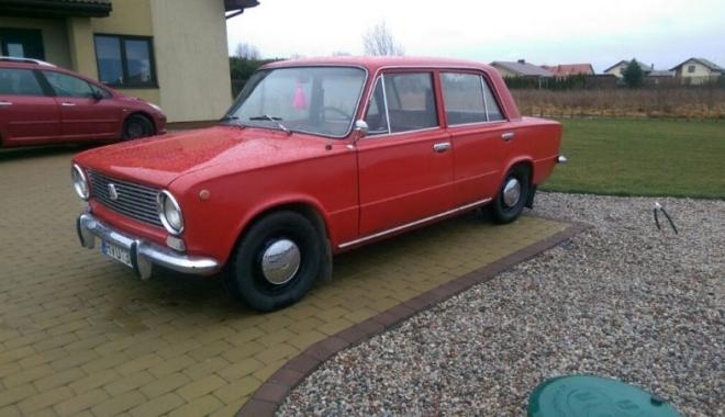 GALERIE FOTO. LADA 1200, amintire din EPOCA DE AUR. Unde mai găsim asemenea maşină şi la ce preţuri - lada5-1494421026.jpg
