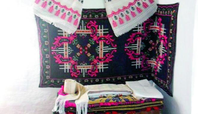 Cum arăta pe vremuri lada de zestre din locuinţele tradiţionale ale românilor - ladadezestre4-1531234459.jpg