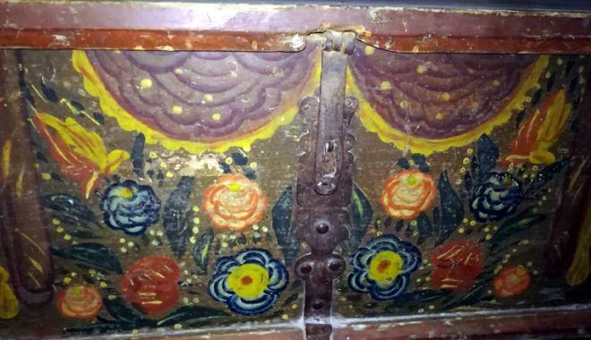Cum arăta pe vremuri lada de zestre din locuinţele tradiţionale ale românilor - ladadezestre5-1531234471.jpg