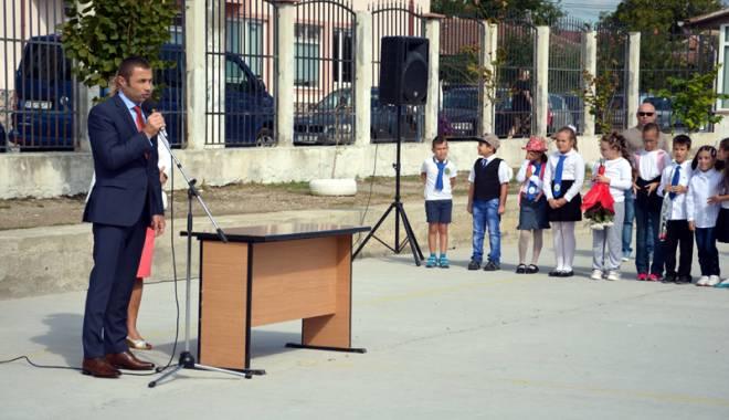 """Foto: """"La Mangalia, vor fi construite săli de sport pentru două şcoli"""""""