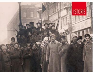 Foto: Ioan Stanomir îşi lansează cartea la Constanţa