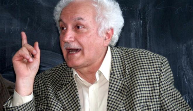 Foto: Dublă lansare de carte, in memoriam Marin Mincu