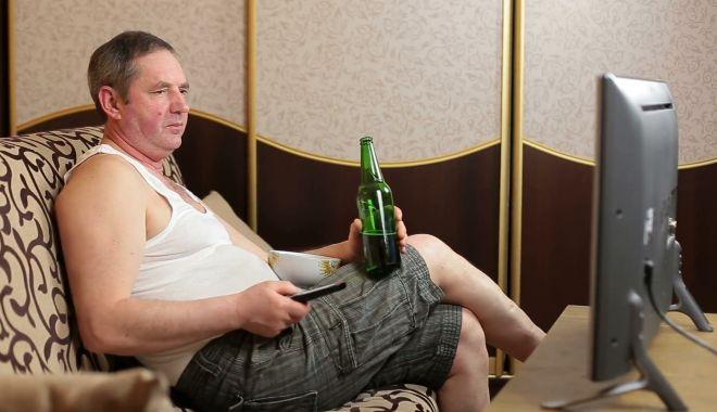 "Foto: ""La o bere cu ginerică"""