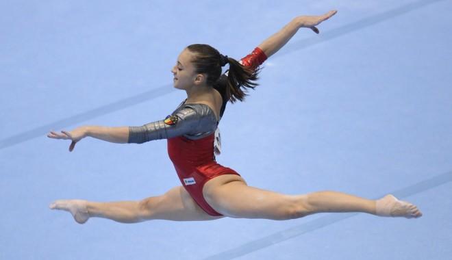 Foto: Gimnastică artistică / Echipa feminină a României, CAMPIOANA Europei