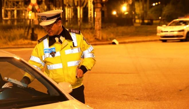 Foto: Lăsat în libertate după ce a condus o maşină furată, aproape de comă alcoolică
