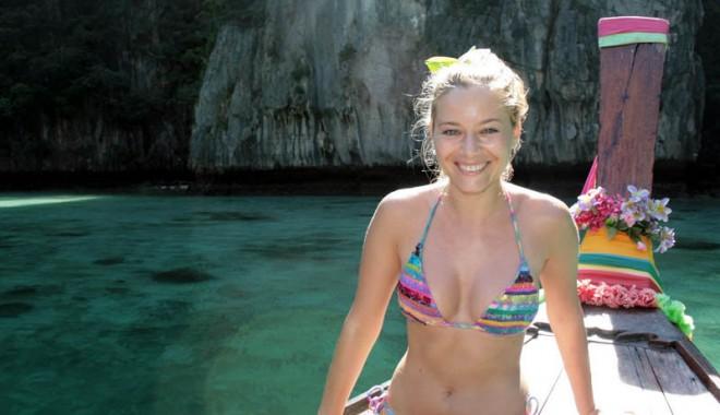 Laura Cosoi,  vacanță  în Grecia - lauracosoi-1341491189.jpg