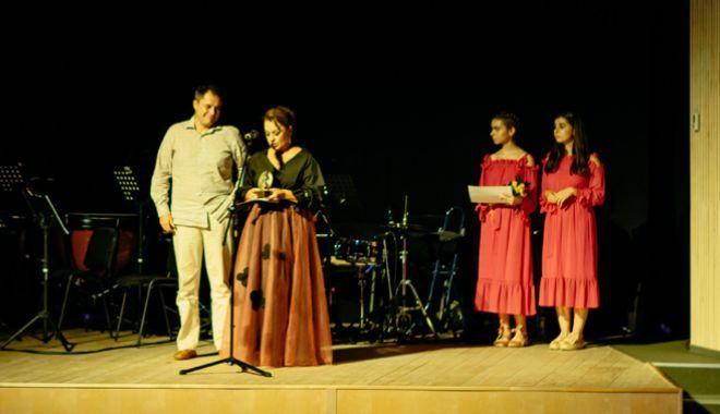 Foto: Laureaţii Festivalului Internaţional de Teatru Independent de la Constanţa