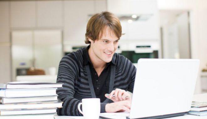 Lecții online pentru elevii care se pregătesc de bacalaureat - lectiionlinebac-1586165645.jpg