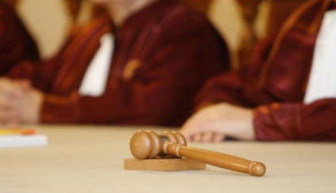 Foto: O nouă lege atacată de Klaus Iohannis la CCR