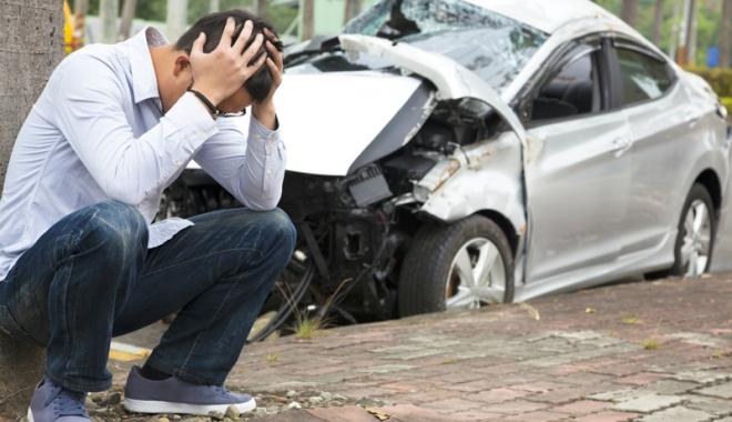 Firmele de asigurări refuză să se deplaseze către şoferii implicaţi în accidente