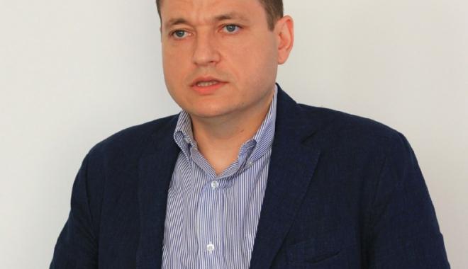 Foto: Ministrul Mircea Dobre vine acasă! Legea Turismului, în dezbatere publică la Constanţa