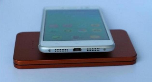 Foto: Lenovo ar putea lansa un telefon similar iPhone 6