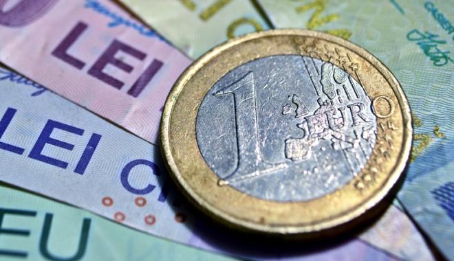 Foto: Francul a pierdut 2,90 bani
