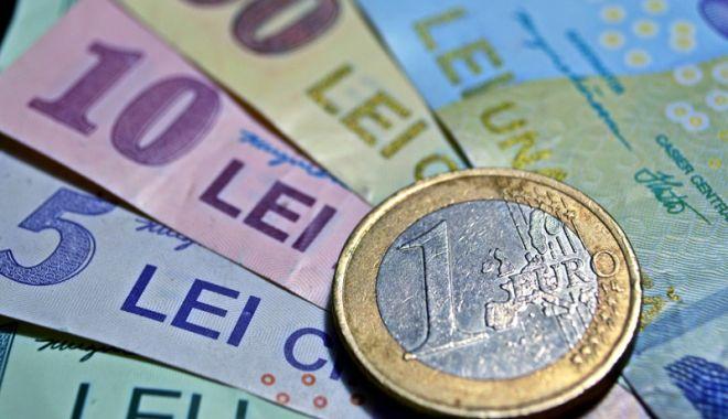 Foto: Leul și-a luat revanșa față de principalele valute