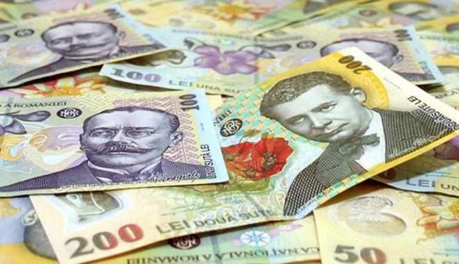 Foto: Leul e în ofensivă pe toate fronturile valutare