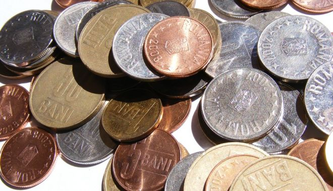 Foto: Leul cedează în fața tuturor valutelor