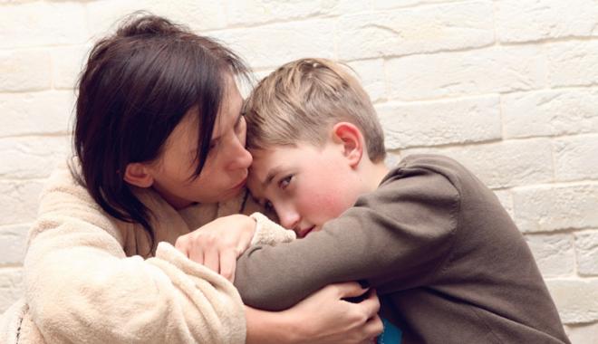 """Foto: Liceenii de la """"Călinescu"""", învăţaţi cum să reacţioneze dacă asistă la scene de violenţă în familie"""