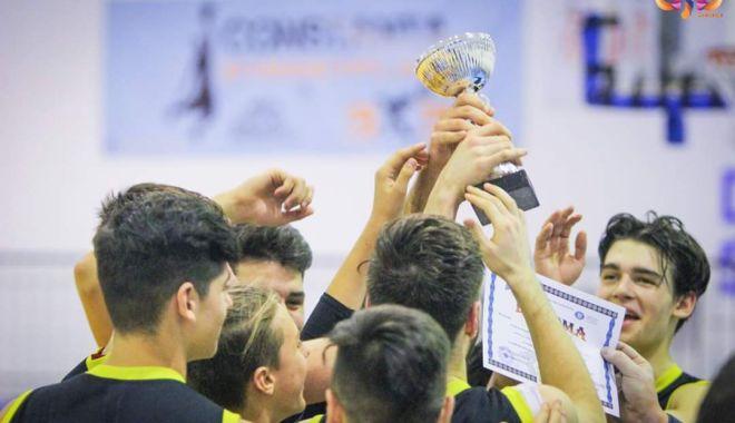 """Foto: Liceul """"Decebal"""", campionul Olimpiadei Naţionale a Sportului Şcolar Constanţa, la baschet"""