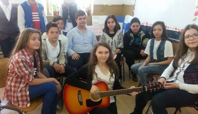 Foto: Diplome de excelenţă pentru elevii şi profesorii din Mihail Kogălniceanu