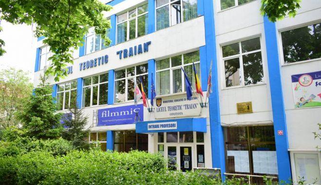"""Foto: CONCURS JUDEȚEAN  """"SFINȚII ÎMPĂRAȚI CONSTANTIN ȘI MAMA SA, ELENA"""", la Constanța"""