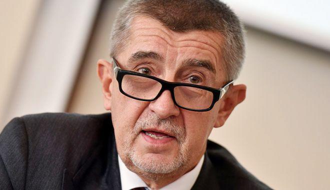 Foto: Liderii cehi se ceartă pe otrăvurile rusești