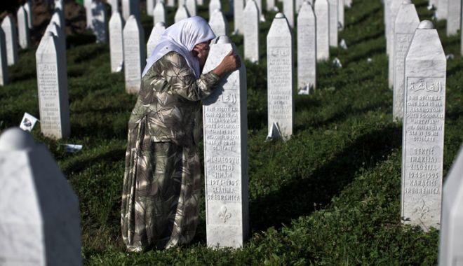 Foto: Liderul sârbilor bosniaci, Milorad Dodik, neagă genocidul de la Srebrenica