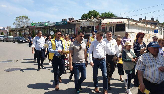 Foto: Liderul PNL Năvodari, George Niculescu, gazdă pentru Siegfried Mureşan