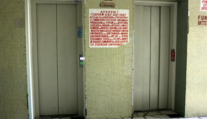 Lifturi noi şi moderne la Spitalul Judeţean - liftspital13-1330535579.jpg