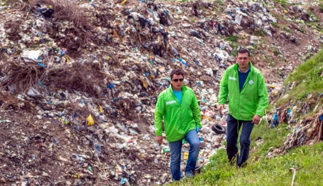 """Foto: Dezastru ecologic! Preşedintele CJC, Horia Ţuţuianu: """"Este un real pericol pentru populaţie"""""""