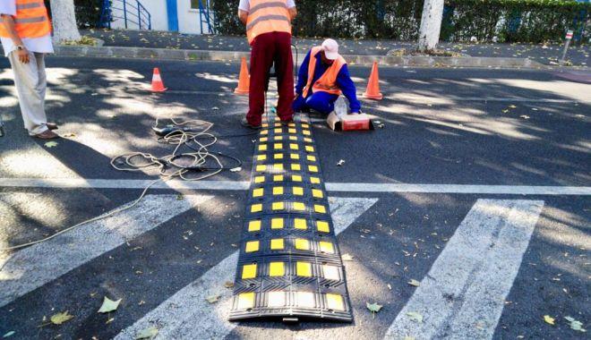 Şoferi, atenţie! Limitatoare de viteză pe o stradă intens circulată, din Constanţa - limitatoare1-1537780290.jpg