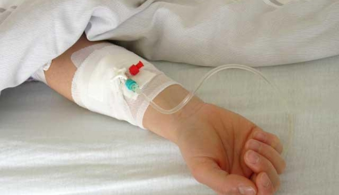 Foto: Criză pentru copiii bolnavi de cancer. Lipsesc mai multe tipuri de citostatice