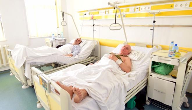Foto: Aşteptare chinuitoare pentru protezele ortopedice. Contra-cost, acestea pot costa mii de euro