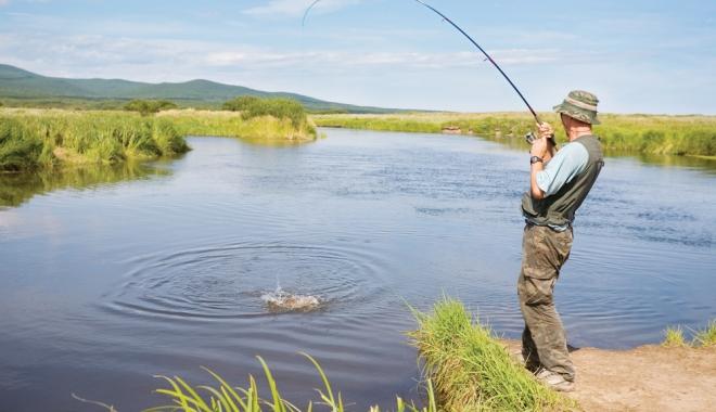 Foto: Delta Dunării vă provoacă la o partidă de pescuit