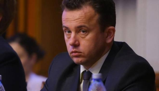 Foto: Primarii vor salarii mai mari. Răspunsul ministrului Liviu Pop