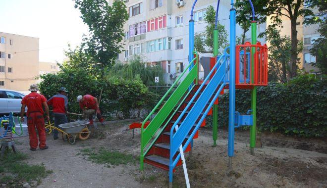 Foto: Locurile de joacă din mai multe cartiere ale Constanței, reamenajate