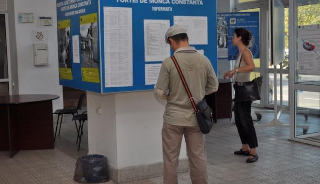 Foto: În atenţia şomerilor din Contanţa:  se caută bucătari, lăcătuşi mecanici, ospătari  şi vânzători