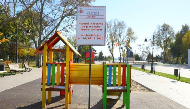 Locurile de joacă în aer liber, închise, la Constanţa - locuriledejoaca-1606146005.jpg