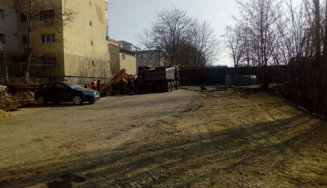 FOTO. Locuri noi de parcare pe strada Unirii din Constanţa - locurinoi-1550497050.jpg