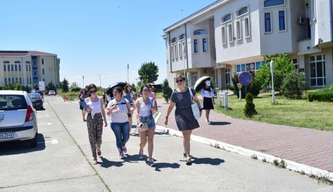 """Foto: Peste 2.000 de locuri rămase neocupate la Universitatea """"Ovidius"""""""
