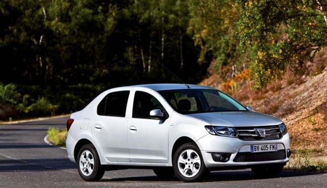 Foto: Dacia Logan II şi noul Sandero, vedetele Târgului Auto de la Paris
