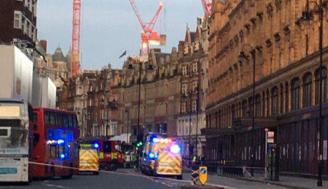 Panică la Londra! Substanțe toxice pe Brompton Road. Poliția - la fața locului - londra-1572455596.jpg