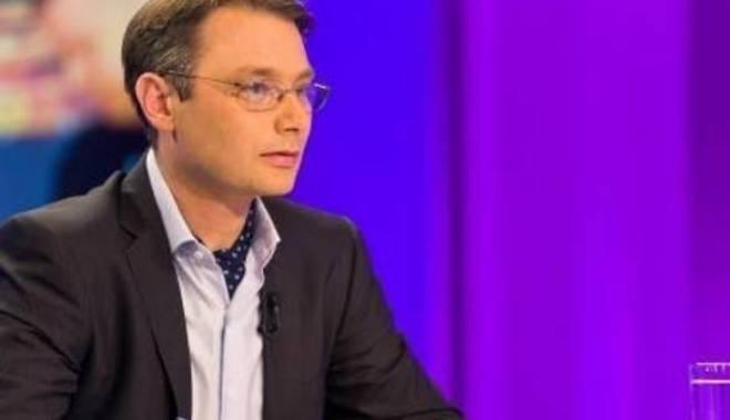 Foto: Jurnalistul Luca Niculescu, propus ambasador la Paris
