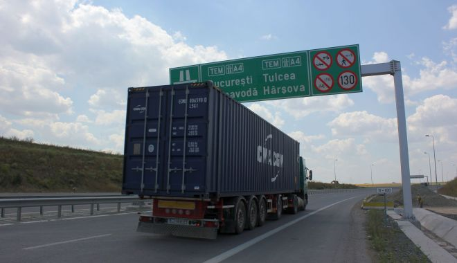 Foto: Pe Autostrada Soarelui, se circulă, de ieri, fără restricții