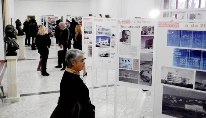 Foto: Lucrările arhitecţilor constănţeni, expuse la Muzeul de Artă