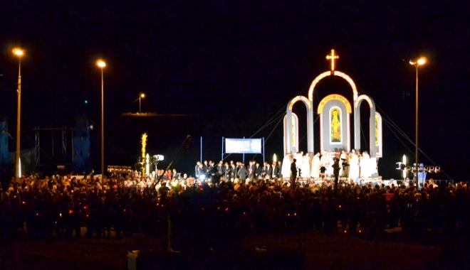 Foto: Locuitorii din Mangalia vor lua lumina Învierii din Portul Mangalia