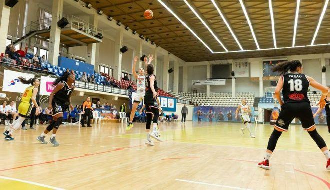 """Foto: """"Lunetistele"""" de la CS Phoenix-Ştiinţa au adus victoria la Braşov"""