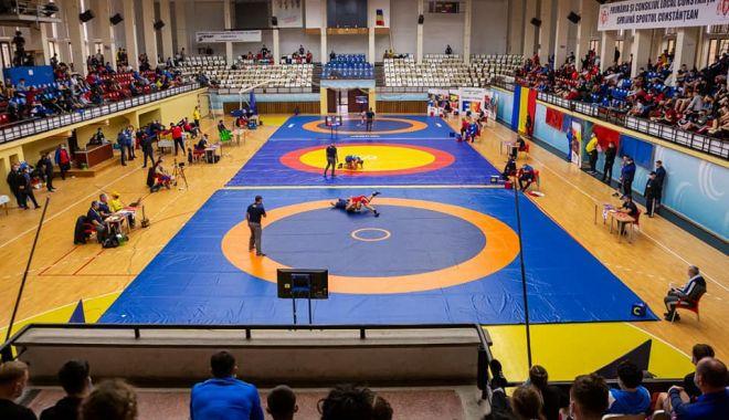Luptătorii constănţeni, medaliaţi la Campionatele Naţionale - luptatorii-1606834602.jpg
